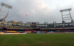 Kaloor stadium kochi sachin's favorite bowling ground